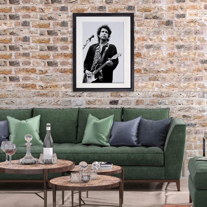 Bob Dylan Ireland 1984 in room setting