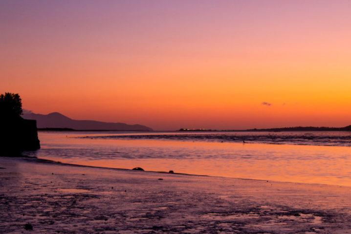 Tralee Bay (Irish: Loch Foirdhreamhain / Cuan Thrá Lí) is located in on the west coast of County Kerry